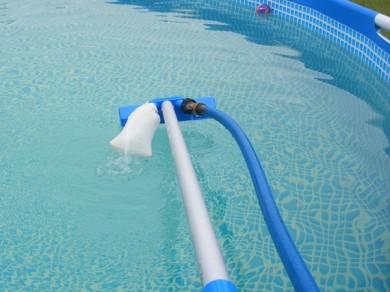 aspirateur balai piscine hors sol