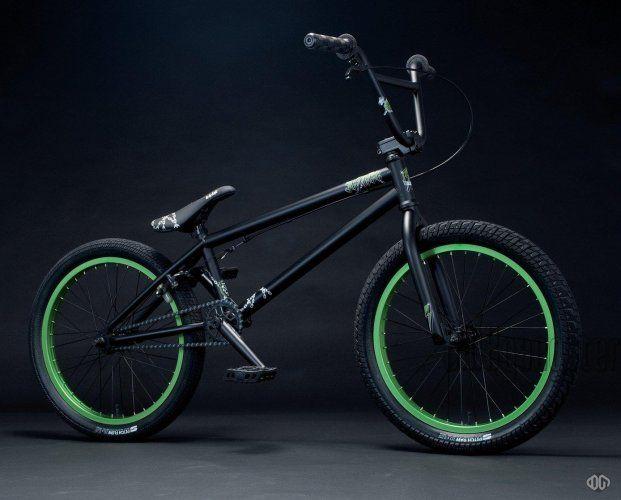 bmx vert et noir