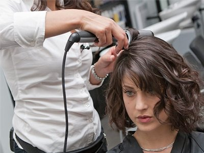 coiffure avec fer à boucler